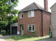 Cottenham Road Detached house to rent