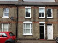 Terraced property to rent in Thoday Street, Cambridge