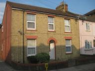 1 bed Flat to rent in Flat , Alexander road...
