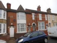 Terraced home to rent in Stanley Street, Bedford,