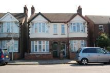 3 bedroom semi detached home to rent in Sidney Road, Bedford...
