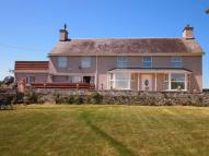 6 bed Detached home in Gwalchmai, Anglesey