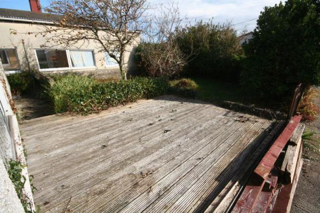 Front Decking ...