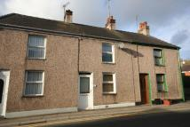 Llangefni Terraced property to rent