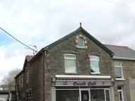 3 bedroom Flat to rent in Flat Above 58 Heol Cae...