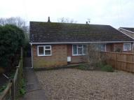 Bungalow to rent in Woodland Avenue