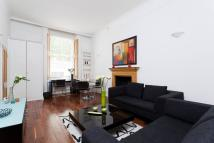 Ground Flat to rent in Queens Gate, London, SW7