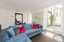 Ground Flat for sale in Queen's Gate Terrace...