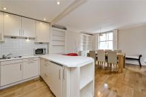 2 bed Mews to rent in Stanhope Mews West...