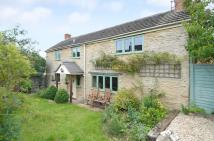 Cottage to rent in Middle Barton...