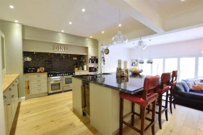 Open Plan Kitchen/Breakfast Room