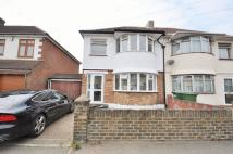 3 bedroom semi detached property in Gipsy Road, Welling, DA16