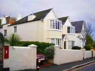 3 bedroom Apartment to rent in West Hill Road...