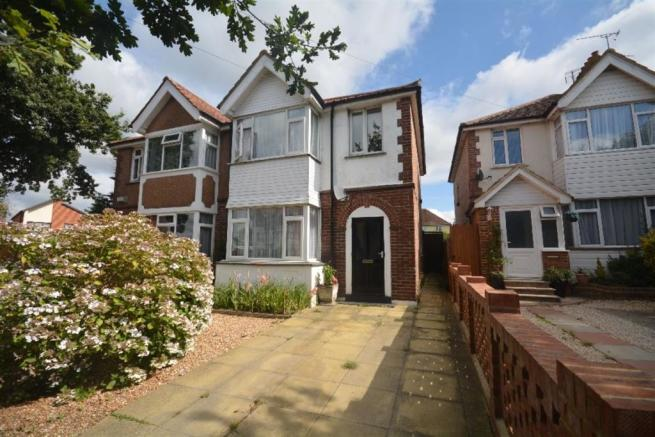 3 Bedroom House For Sale In Wrestwood Road Bexhill On Sea
