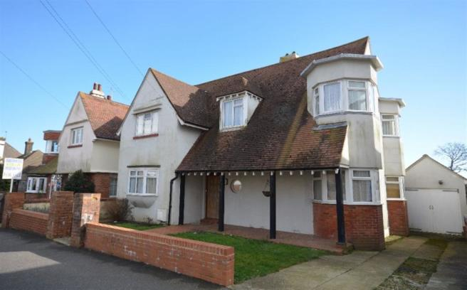 5 Bedroom Detached House For Sale In 7 Terminus Avenue
