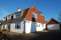 6 bedroom Detached house for sale in Cripps Corner...