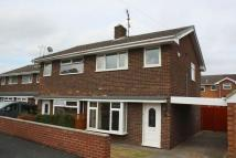 3 bed semi detached home to rent in Weston Close...