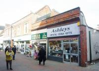 Commercial Property to rent in Maidenhead Street...