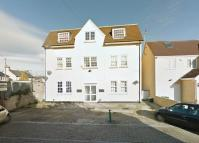 2 bed Flat to rent in King Edward Road...
