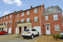 Town House for sale in Chaffinch Mews, Harleston