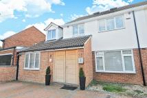 5 bed semi detached house to rent in Kidlington, OXFRODSHIRE