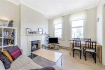Apartment to rent in Munster Road, Fulham