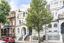 Apartment in Crookham Road, Fulham