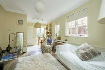 Flat to rent in Ashcombe Street, Fulham...