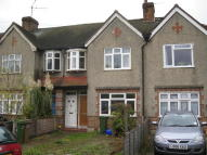 1 bedroom Ground Maisonette in Wandle Road, Hackbridge...