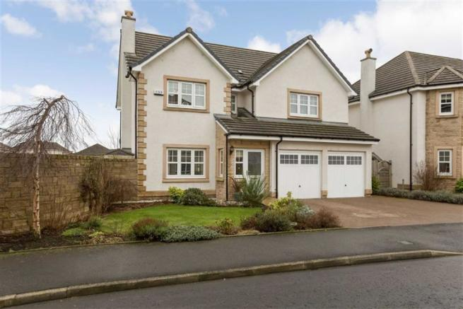 Picture 1 & 4 bedroom detached house for sale in 8 Shearwater Crescent ... azcodes.com