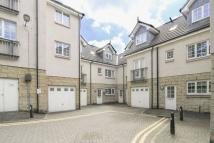 Town House in 3 Murieston Crescent...