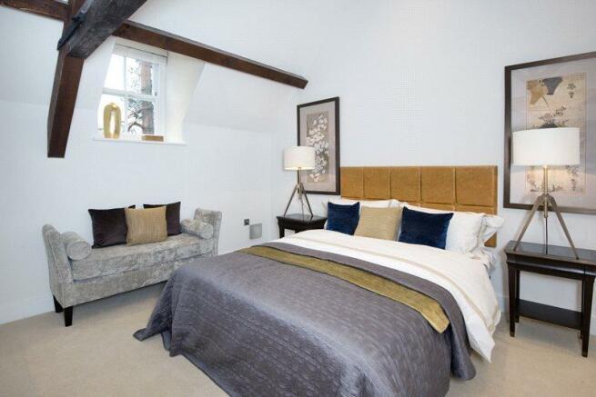 Bedroom (Sh)