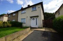 3 bedroom semi detached property in Summerlands Grove...