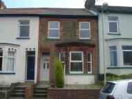 2 bedroom Terraced house in Westbury Road, Dover...
