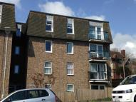 Flat in Godwyne Road, Dover...
