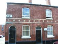2 bed property to rent in Albion Street Chester