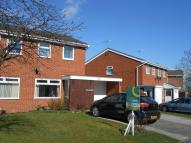 2 bed semi detached property in The Meadows, Gwersyllt...