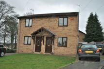 2 bed semi detached property in Plas Alyn, Summerhill...