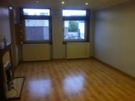 Flat to rent in Charles Place, Greenock...