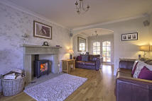 4 bed Detached home for sale in Beaufort Close, Read...