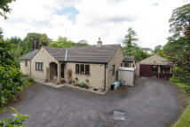 3 bedroom Detached property to rent in CLOUGH LANE, Simonstone...