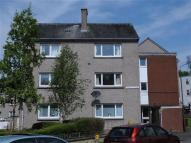 2 bed Flat to rent in Queens Court...