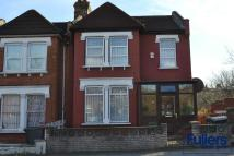 3 bed End of Terrace house for sale in Westbury Avenue, London...