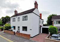 4 bed Detached home in School Road, Wombourne...