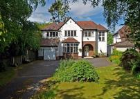 Detached house in Fosse House...