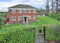 1 Detached house for sale
