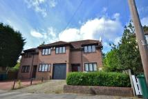 4 bed house to rent in Monks Avenue, New Barnet