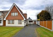 Detached home for sale in Richmond Drive, Perton...