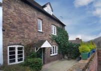 Town House to rent in Northgate Mews...