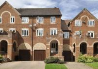 Town House for sale in 30 Southwell Riverside...